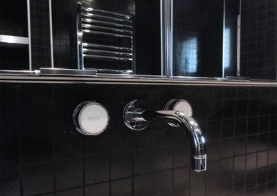 projet-archi-appt-paris-Ternes-SdB-mosaique noire_detail