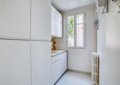projet-archi-design-appt-buanderie-blanc-jaune-vincennes_1
