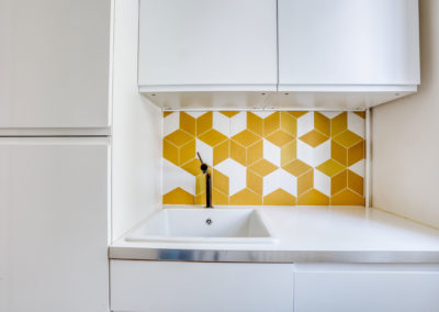 projet-archi-design-appt-buanderie-blanc-jaune-vincennes_2
