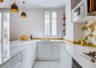 projet-archi-design-appt-cuisine-ouverte-blanc-jaune-vincennes_1