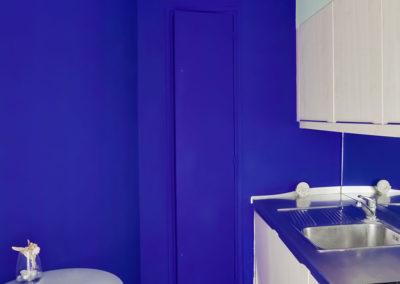 Appartement-ACitroen-cuisine-bleu-design